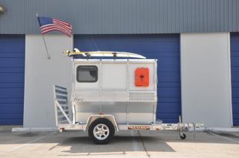 FireFly-on-trailer